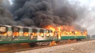 पाकिस्तानी रेलमा आगलागी: मृत्यु हुनेको संख्या ७४ पुग्यो(अपडेट)